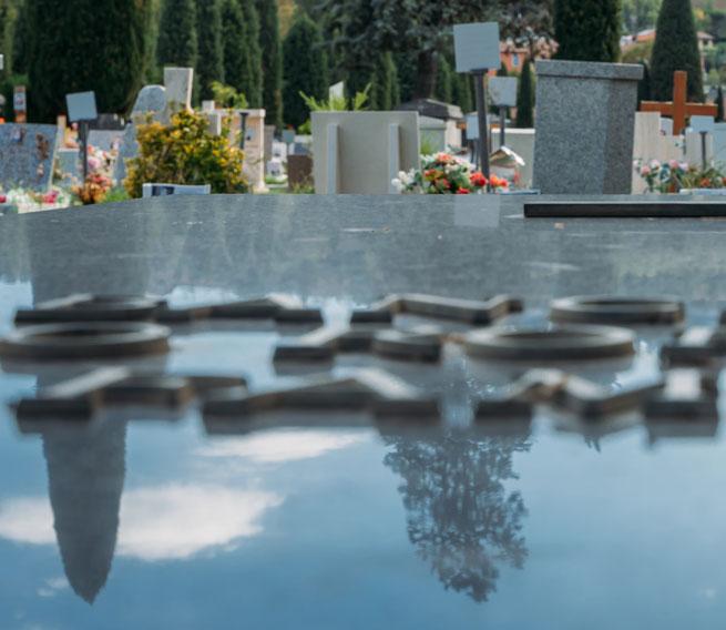 marbrerie funéraire à Sully-sur-Loire